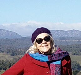Picture of Author Rowena Corey Daniells