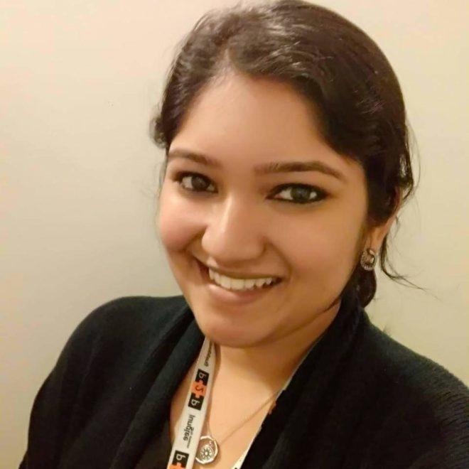 Varsha Dinesh headshot