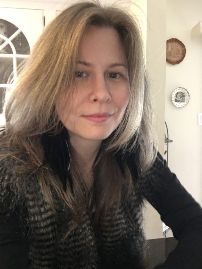 Lori J. Torone headshot